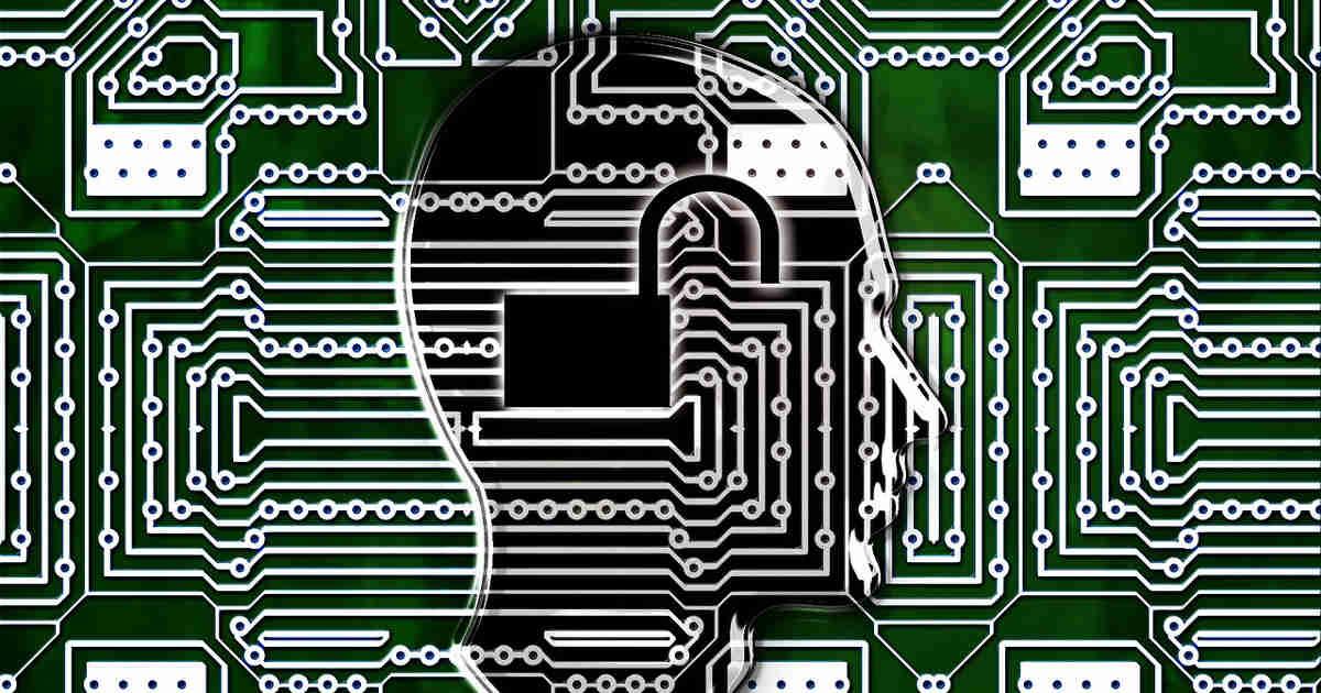 Circuito integrato con impresso il profilo di un umano o di un roBOT