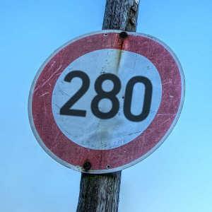 280 caratteri sono una cagata pazzesca, ma anche no